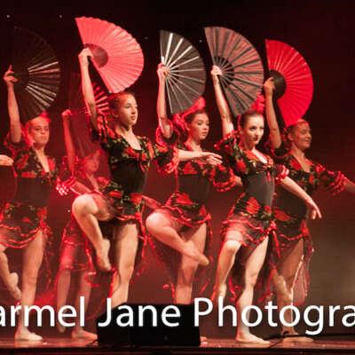 Ballet dancers with fans